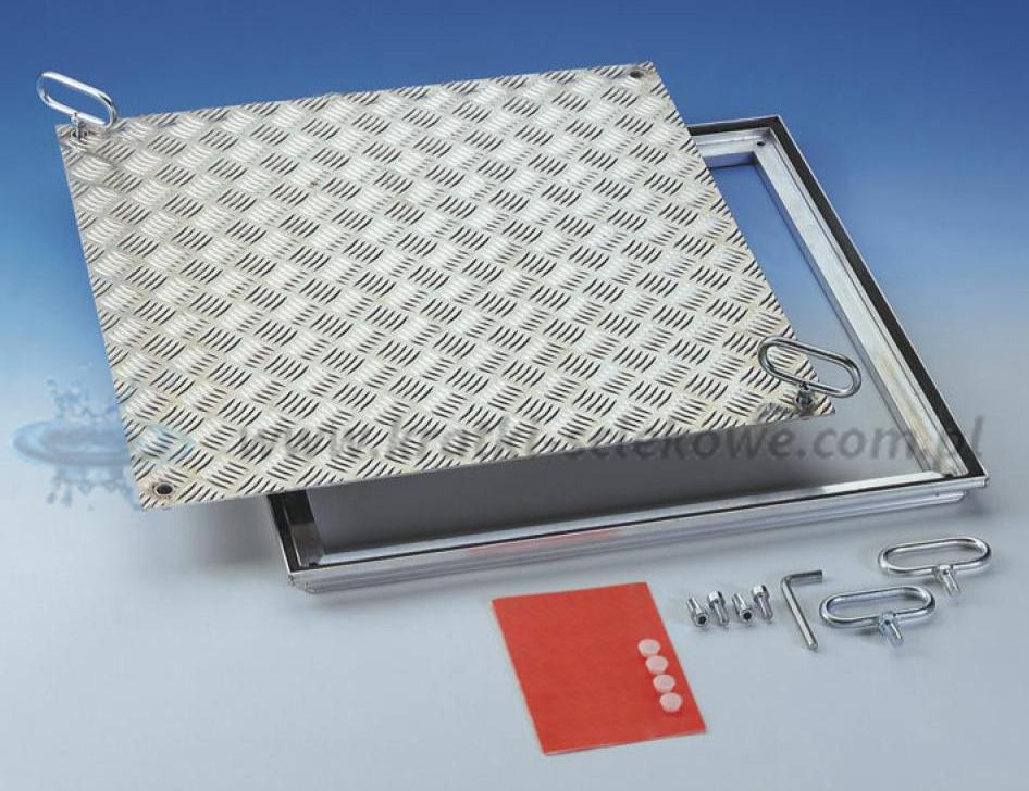 Właz aluminiowy Hatch Solid